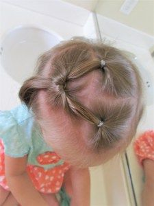 12 must-have easy hairstyles for your infant or toddler. Easy, quick, and adorable. Each one takes less than two minutes,