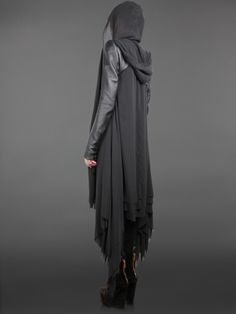 Its like an uber fashionable Harry Potter cloak... AKA I need it. @Lori Blumfield