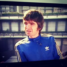 #noelgallagher #adidasoriginals #oasis Noel Gallagher, This Man, Playing Guitar, I Love Him, Rock Bands, Oasis, My Idol, Instagram Posts, Love Him
