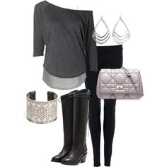 LOL Mrs. Livingood should wear this. All she wears is black, white, and gray. Cute outfit though. <3