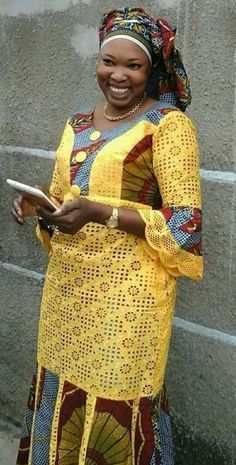 Mame robe African Lace Styles, Latest African Fashion Dresses, African Dresses For Women, African Attire, African Wear, African Dress Patterns, African Print Dresses, African Print Fashion, Kitenge
