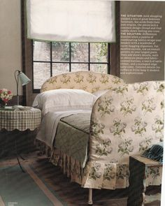 Interesting idea of making a slipcover over an old iron bed frame Home Bedroom, Bedroom Decor, Bedroom Sets, Master Bedroom, Country Style Homes, Textiles, Beautiful Bedrooms, Soft Furnishings, Decoration