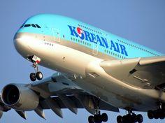 What a behemoth, Korean Air A380-861.