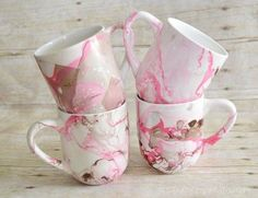 How To : DIY Marbled Coffee Mugs