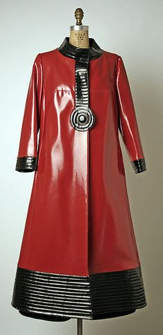 Ensemble Designer: Pierre Cardin (French, born San Biagio di Callalta, Italy, 1922) Date: 1970 Culture: French Medium: (a) plastic; (b) wool