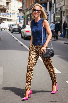 New fashion womens leopard print pants elegant slim look loose trousers cas Leopard Print Outfits, Leopard Print Pants, Animal Print Outfits, Animal Print Fashion, Print Jeans, Printed Pants, Fashion Outfits, Womens Fashion, Casual Looks