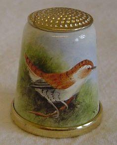 Hand Painted Enamelled Bird Thimble -Graham Payne Studios Worcester 1983