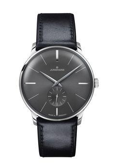 Ref. Nr. 027/3503.00 - Seit 1936 steht das Prädikat Meister für den klassischenUhrenbau bei Junghans. Dieser Tradition folgend entstehen die heutigen Meister Uhren durch Leidenschaft für Präzision und ausgeprägtes Qualitätsbewusstsein.