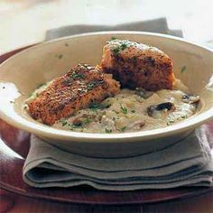 Broiled Salmon Over Parmesan Grits by Cooking Light. MyRecipes recommends that you make this Broiled Salmon Over Parmesan Grits recipe from Cooking Light Fish Recipes, Seafood Recipes, Dinner Recipes, Salmon Recipes, Seafood Meals, Brunch Recipes, Yummy Recipes, Dinner Ideas, Healthy Recipes