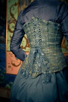 Ravelry: Quadrille Overbust Corset pattern by Valerie DiPietro   This blows my mind! It's knit!!! Am I really going to make one? I doubt it, but I can fantasize.