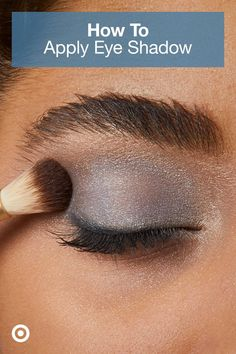 to Apply Eyeshadow : Target Get wow-worthy eye shadow looks in 6 simple steps. Check out the tutorial & find tips, tools & palettes.Get wow-worthy eye shadow looks in 6 simple steps. Check out the tutorial & find tips, tools & palettes. Makeup Eye Looks, Eye Makeup Steps, Cute Makeup, Eyebrow Makeup, Skin Makeup, Eyeshadow Makeup, Beauty Makeup, Eyeliner, Simple Makeup