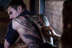 Divergent-10.jpg (Изображение JPEG, 2871×1914 пикселов) - Масштабированное (41%)