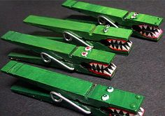 alligator clothespin magnets by Davs on Etsy University of Florida.Go Gators ! Girl Scout Swap, Girl Scouts, Projects For Kids, Diy For Kids, Craft Stick Crafts, Crafts For Kids, Craft Sticks, Clothespin Magnets, Clothespins
