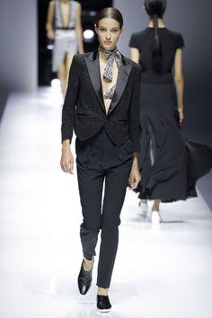 Lanvin Spring 2018 Ready-to-Wear Fashion Show - Camille Hurel Vogue Fashion, Fashion 2018, Runway Fashion, Spring Fashion, Fashion Trends, Paris Fashion, Fashion Weeks, Lanvin, Camille Hurel