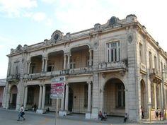 Frontis de la Colonia Española en Manzanillo (Casa de la Cultura)