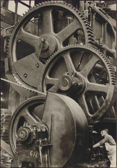 Chrysler corporation, 1929. Photo by Margaret Bourke-White. Gelatin silver print.