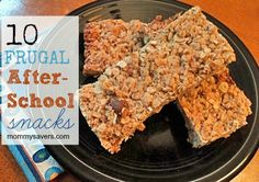 Kid-Friendly Recipe: Easy Four-Ingredient Homemade Granola Bars (Four Ingredients Desserts) Recipes Appetizers And Snacks, Healthy Snacks, Snack Recipes, Frugal Recipes, Sweet Recipes, Baking Recipes, Tummy Yummy, Homemade Granola Bars, Good Food
