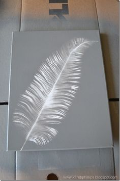 "Faux solar art using spray paint and floral ""picks."" Try this in dark varied greens. Faux solar art using spray paint and floral picks. Try this in dark varied greens. Canvas Art Projects, Diy Canvas Art, Canvas Crafts, Craft Projects, Simple Canvas Art, Weekend Projects, Simple Art, Feather Painting, Feather Art"