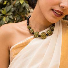 Designer Contemporary Choker Necklace With Green Kemp stones Terracota Jewellery, India Jewelry, Fashion Jewellery, Crochet Necklace, Handmade Jewelry, Chokers, Stones, Jewels, Contemporary