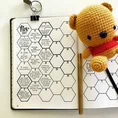 "1,646 Likes, 47 Comments - Dee Quine (rhymes with 'wine') (@decadethirty) on Instagram: ""- took a break from housework today and updated Squish's Memory Hive. I'm using a Dingbats Notebook…"""