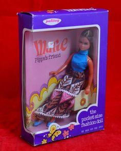 Pippa's friend Marie has brown hair.