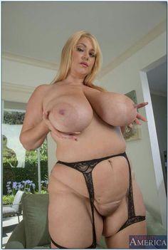 Samantha 38g nude pics