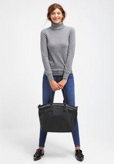 Ein Strickpullover, wie er klassischer nicht sein könnte. Benetton Strickpullover - dark grey melange für 29,95 € (11.11.15) versandkostenfrei bei Zalando bestellen.