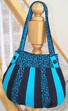 Lollapalooza Handbag Pattern Design Highlights:  Enjoy the advantages of a large tote without the bulky weight 2 Interior pocket pouches for your cellphone and other items Soft, cotton handles that are easy-on-the-shoulder. You can GET CREATIVE with the large exterior surface area! AND It works perfectly with the the Encore Purse Insert AND both the small & large PortaPockets Insert  Get the Pattern More from StudioKat Designs:      Advertisement