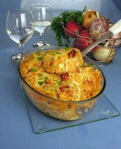 Tempo: 1hRendimento: 8Dificuldade: fácil Ingredientes: 250g de bacon em cubos 1 cebola picada 1 dente de alho picado 1 lata de molho de tomate pronto 1 xícara (chá) de água 2 colheres (chá) de sal 1 colher (café) de pimenta-do-reino 4 xícaras (chá) de arroz branco cozido 2 ovos 1 xícara (chá) de leite 3 […] Rice Recipes, Meat Recipes, Vegetarian Recipes, Healthy Recipes, Food Dishes, Side Dishes, Salty Foods, Portuguese Recipes, Daily Meals