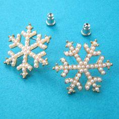 $3 SALE - Large Snow Flake Geometric Stud Earrings