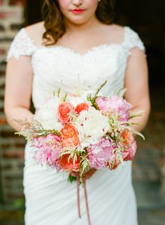 Real Wedding: Kara & Gustave - Photography by Jodi Miller Photo and floral designer: JMFlora Design