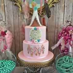 Boho cake party ideas boho party ideas in 2019 индейцы Wild One Birthday Party, First Birthday Cakes, Birthday Cake Girls, Baby Birthday, Birthday Party Themes, Pocahontas Birthday Party, Birthday Ideas, Dream Catcher Cake, Bohemian Cake
