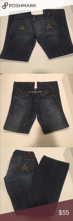 7 For All Mankind Bootleg Jeans These are a great pair of 7 For All Mankind bootleg jeans in a size 31. 7 For All Mankind Jeans Boot Cut