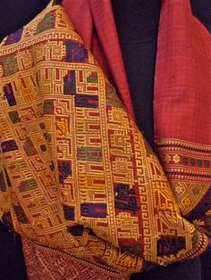 Spectacular Vintage Asian Silk Scarf Laos Hand Woven by Luxethnik