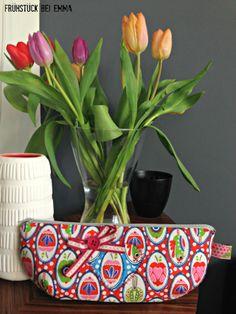 Stoff My Leni Bird Love Design Lila Lotta Love Design, Sewing Hacks, Embellishments, Planter Pots, Bird, My Love, Apples, Pattern, Goodies