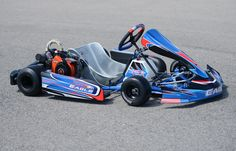 Two Cycle, Four Cycle Rolling Chassis Available in the standard configuration Front Hoop and for the rest of the kart or all Cross Rails with Main Rails for bigger racers Eagles are available with Honda and Clone engines a Homemade Go Kart, Go Kart Tracks, Karts, Ultimate Man Cave, Kart Racing, Slot Cars, Cabinets, Honda, Engineering