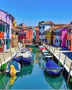 Burano - Venice, Italy #italyvacation
