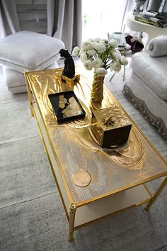 Coffee table in Alex Papachristidis Kips Bay Show house