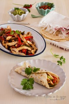 Fajitas de Pollo Salsa Guacamole, Tacos, Ethnic Recipes, Food, Breast, Food Cakes, Homemade Tortillas, Recipes, Red Chilli