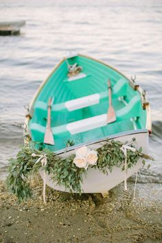 Planning a seaside soirée? Take a cue from these real couples who totally nailed the nautical theme using cool hues, rope accents, anchor motifs, and Seaside Wedding, Beach Wedding Favors, Nautical Wedding, Nautical Theme, Wedding Souvenir, Vintage Nautical, Wedding Designs, Wedding Styles, Wedding Ideas