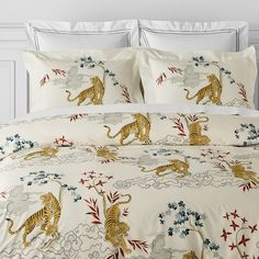 Kalden Tiger Printed Organic Duvet Cover, Full/Queen, White | Williams Sonoma