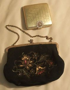 Vintage 40s Lovely little Purse and Compact needs TLC by MODMARGE, $18.00
