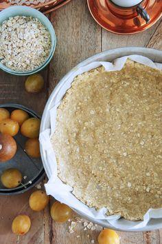 """Une délicieuse pâte à tarte à l'ancienne, façon """"Country Style"""", facile à faire et qui donnera un côté rustique à vos tartes aux fruits."""