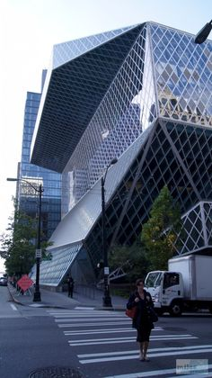 Seattle Central Library - Geocache GC49G2M Want to grab this one!!