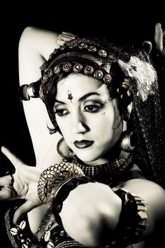 Tribal Fusion - Nanda Najla
