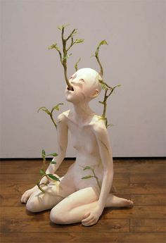 Sculpture by Ishibashi Yui