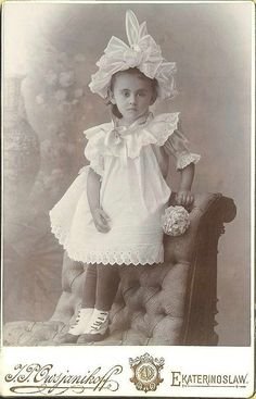 Russian girl in a fancy summer dress. Cabinet Card from about Vintage Children Photos, Vintage Pictures, Old Pictures, Vintage Images, Old Photos, Vintage Abbildungen, Vintage Girls, Vintage Postcards, Antique Photos