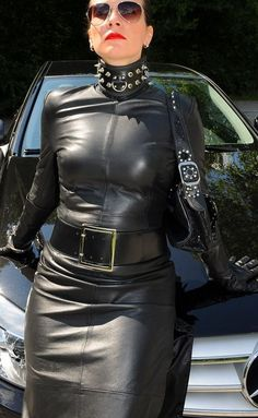 Leather Fetish - The leather life of the master, mistress and deviant guests. Leather pics, leather videos, leather stories and sex shop - The Love Of Leather Leather Dresses, Leather Skirt, Leder Outfits, German Women, Female Supremacy, Sexy Latex, Glamour, Leather Gloves, High Collar