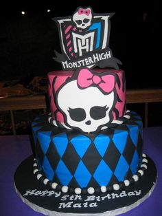 Creative Picture of Monster High Cakes For Birthdays . Monster High Cakes For Birthdays 10 Monster High Themed Birthday Cakes Photo Monster High Birthday Monster High Birthday Cake, 6th Birthday Cakes, Monster High Cakes, Monster High Party, Birthday Cake Girls, Monster High Dolls, Birthday Parties, 8th Birthday, Birthday Ideas