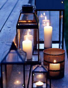 Winter Wedding - candles everywhere.